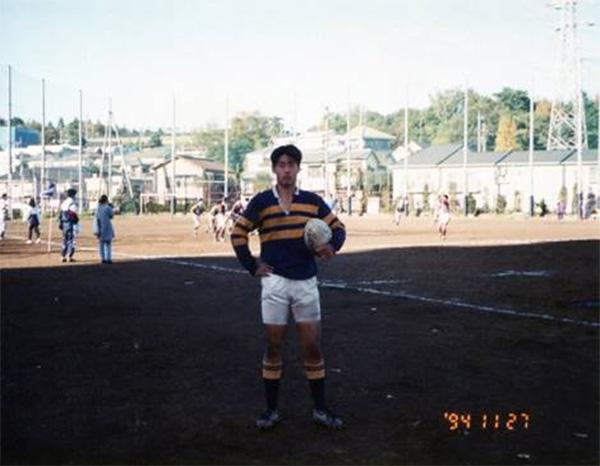 大学時代のラグビーユニフォームの写真