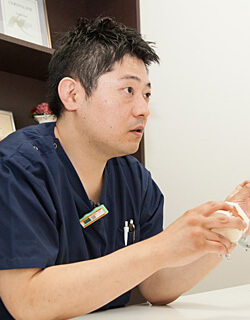 院長・歯学博士 香川県歯科技術専門学校講師 野口 卓司